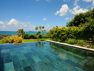 Beach and Pool Villa P. aux Cannoniers Grand Bay