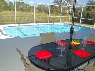 Luxury 3 beds/2 baths villa (sleeps 6)