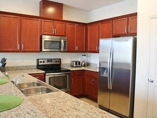 BEST DEAL* Beautiful TownHome at Compass Bay 4 Bed