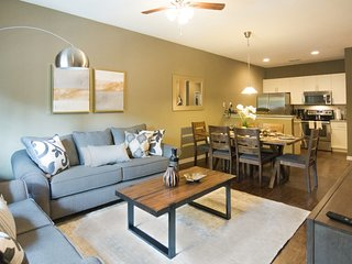 Lucaya Village - 3 Bedroom Town Home