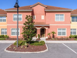4 BedroomsPARADISE PALMS IN KISSIMMEE (4PPT89CA75)