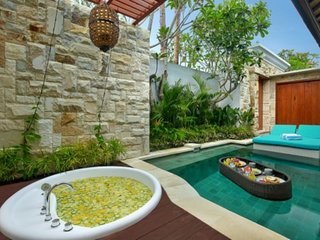 Romantic One Bedroom Private Pool and Jacuzzi Villa, Seminyak