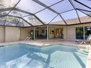 A Peaceful Place: Beautifully Remodeled 3 BR Pool Home in Gumbo Limbo!, Île de Sanibel