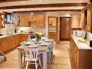 Beautiful 3 bedroom Barn Conversion near Torcross, South Devon. Pet Friendly