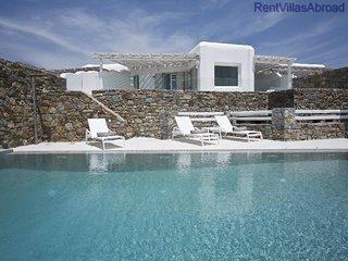 RentVillasAbroad Villa in Mykonos Cameo