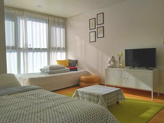 Near by Seomyeon/1min to Buam Stn.+Free MobileWiFi, Busan