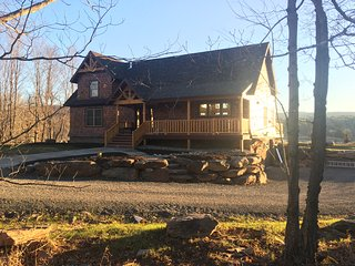 Brand new 4-bedroom ski chalet with bucolic mountain, lake and meadow views., Windham
