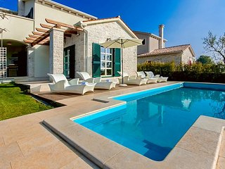 Beautiful Property with Pool - Villa Lasici in Istria, Vizinada