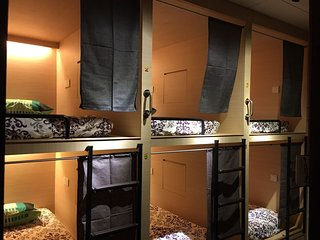 6 Beds/ Cubes in a private room C at Melakahouse
