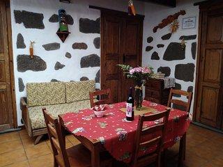Casa rural Vista Alegre (wifi, barbacoa y horno)