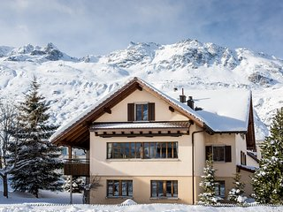 Gemsstock Chalet for up to 16 people, Andermatt