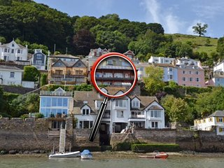 The Bight Boathouse, Dartmouth