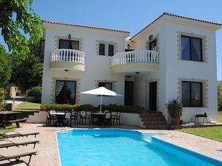 Sunray Villa, Argaka