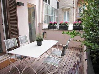 Terrace Sistina #8035.1, Colonna