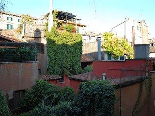 Trastevere Enchanting Balcony #8042.1