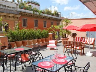 Dolce Vita Luxury Terrace #8052.1, Colonna
