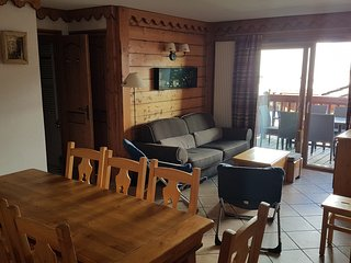 FANTASTIC 8 PERSON APARTMENT IN VAL CLARET TIGNES JUST L800 PER WEEK IN DECEMBER