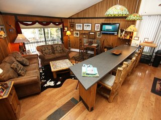 Gold Camp II Condo with Colorado Mountain Appeal, Minutes to Peak 8, Shuttle Access, Breckenridge