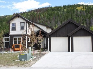 Lovely New Home, Luxury in a Quiet Neighborhood for the Whole Family, Breckenridge