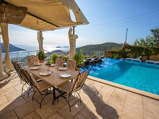 5 Bedroom Luxury Villa Truva