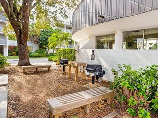 2265 W Gulf Dr- Island Beach Club