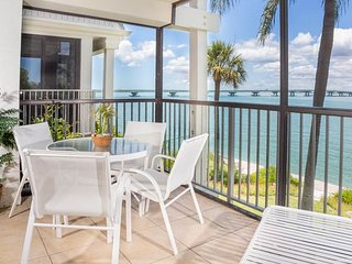 Mariner Point- Unit 1082, Sanibel Island