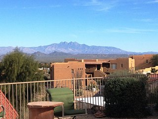 Beautiful, Single-Lvl Condo - a Desert Retreat with Amazing Mountain Views
