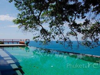 Stunning 4-Bed Villa near Laem Singh Beach