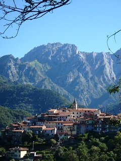 Pariana Village - Just below us