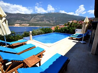 5 BEDROOMS VILLA MINT IN KAS