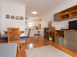Bairro Alto Cozy apartment in Bairro Alto with WiFi & lift.