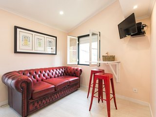 Lovely Principe Real Studio apartment in Bairro Alto with WiFi & air conditionin