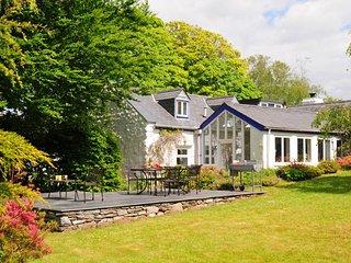 Cae'r Meddyg Farmhouse, Llanbedr