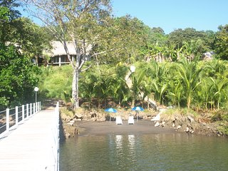 2 story cottage on the bay, perfect for sporting Enthusiasts!