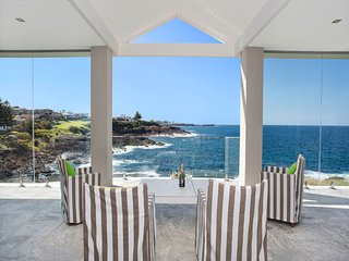 Luxurious beach house 90 minutes from Sydney airport., Kiama