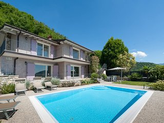 Private villa with heated pool and views of Lake Garda, near Salò