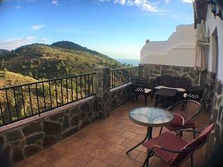 Apartamento con vistas a la montaña, wifi,, Frigiliana