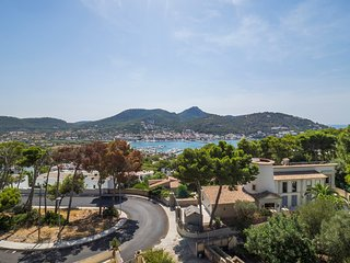Villa Binifat with Beautiful Views in Port D' Andratx, Port d'Andratx
