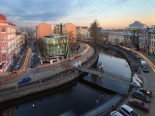 Elite Apartment With Amazing View Of The Lions Bridge