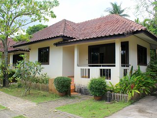 Quiet 1 Bedroom House with Kitchen B, Chaweng