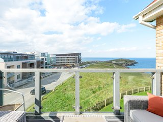 5 Headland Point - Apartment with stunning views!, Newquay