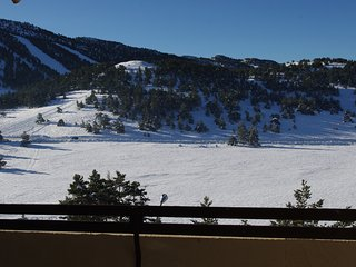 Right in front of the snow slopes – Warm apartment – Wi-fi – 2 bedrooms