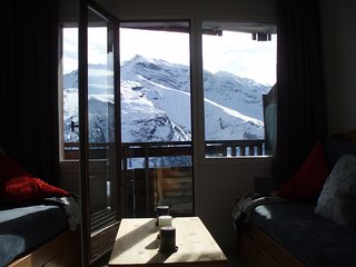 Apartment with one room in Avoriaz, with wonderful mountain view, balcony and WiFi - 150 m from the slopes