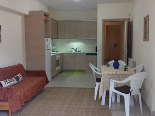 Apartment with 3 rooms in Lagonisi Kalyvia, Attica, with and enclosed garden - 800 m from the beach