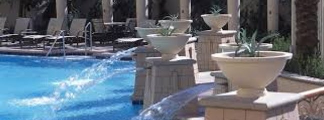 Hilton pool close up