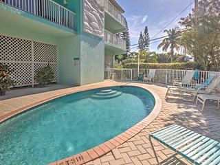 NEW! 2BR Bradenton Beach Condo - Beach View!
