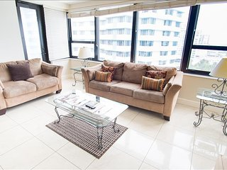 /Oceanfront 1104 Signature Two Bedroom 1AX2AAZD
