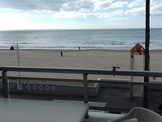 Apartam. con encanto primera linea de playa. Totalmente reformado en enero 2017