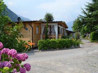 Chalets 4 stuks te huur aan het meer van Lugano, dichtbij het meer