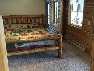 King bed (Master), BR #1